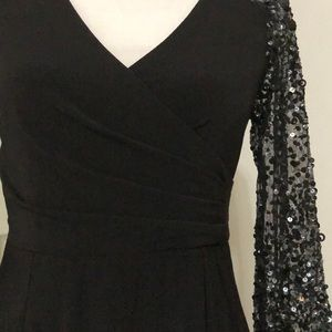 Adrianna Papell Dresses - Adrianna Papell Stretch Knit Beaded Cocktail Dress